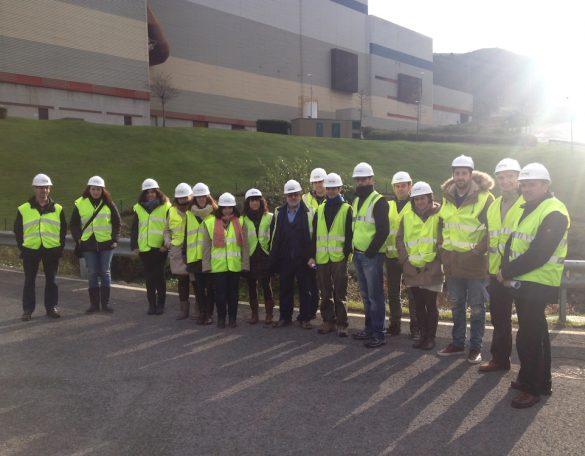 Estudiantes de Ingeniería Técnica de la UPV